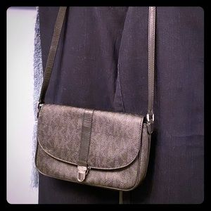 Michael Kors Shoulder/ Crossbody Bag